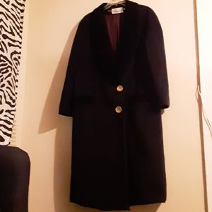 Velvet collar wool coat